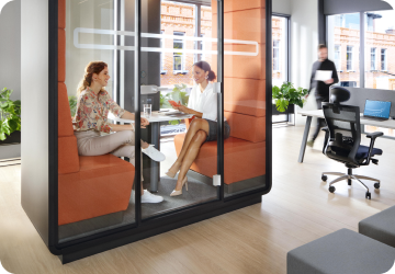 Small acoustic office pod for 2 persons hushMeet.S from Hushoffice
