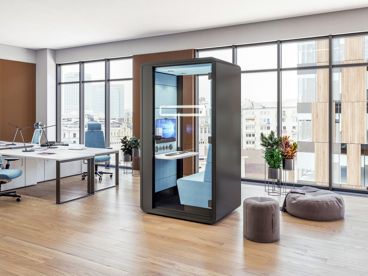 HushHybrid is an all-in-one acoustic cabin. It offers all the videoconferencing functionality needed in one product.