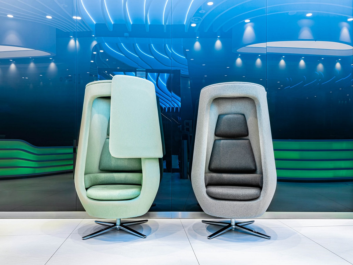 The A11. A modern armchair. A private, quiet space for employees to take calls or short breaks.