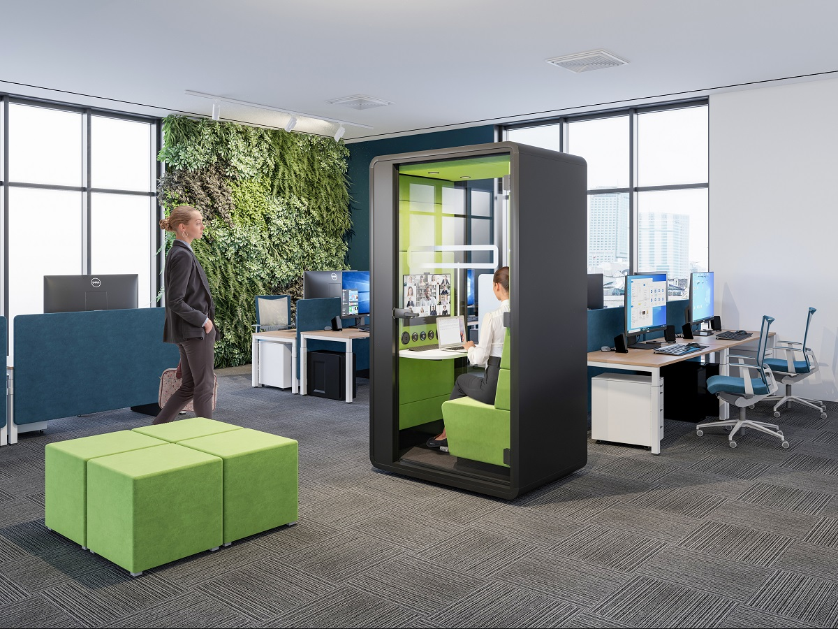 HushHybrid is the mobile conference call booth. Like a soundproofed portal connecting you to remote colleagues. Guaranteed video call success.