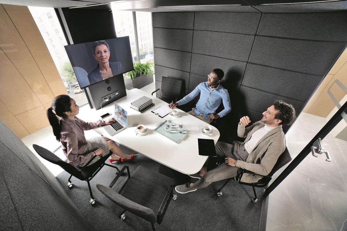 HushMeet.L mobile meeting pod.