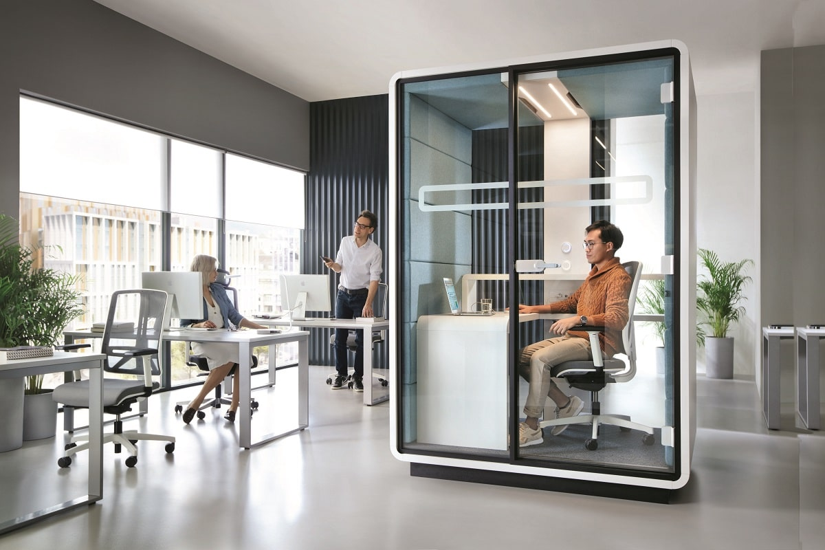 HushWork is private pod for private work. Adjustable lighting and ventilation. Comfortable desk. Power module. Focus.